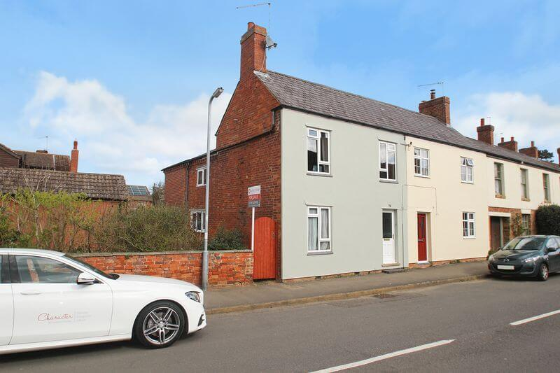 Extended Cottage with En-suite in Braunston