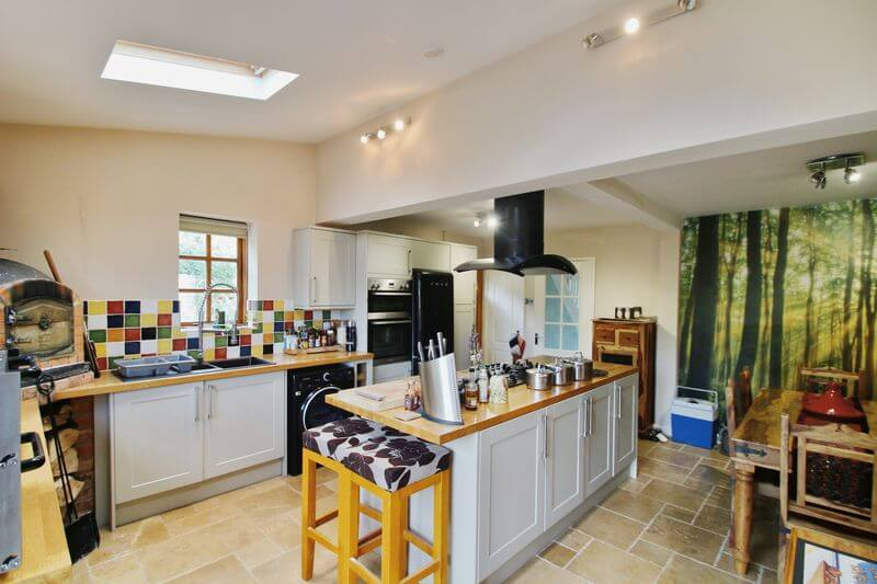 kitchen over hob to hall