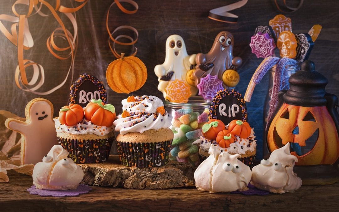 DIY Halloween Party At Home!